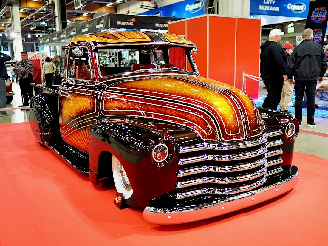 1952 Chevrolet 3100 Custom-Pickup House of Kolor candyflake. Kuva: Kai Lappalainen. Lisenssi: CC-BY-40.