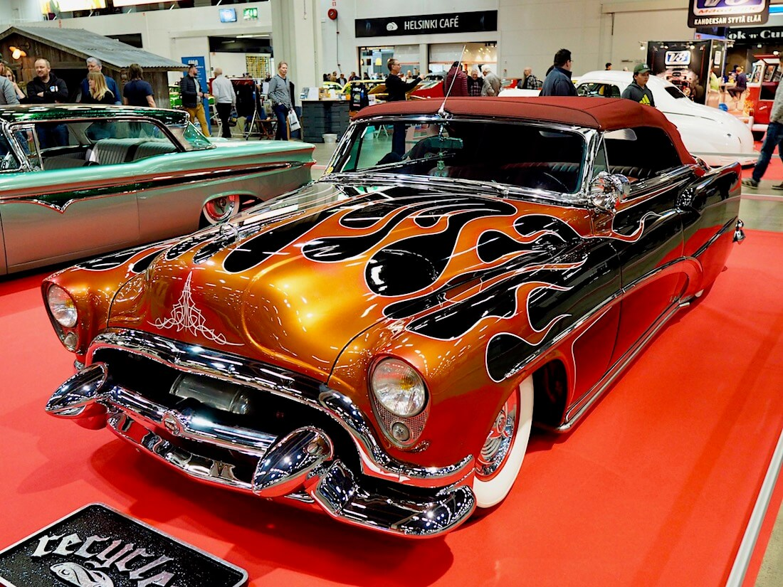Recyclers-tallin 1953 Buick Special Convertible Custom 327cid. Kuva: Kai Lappalainen. Lisenssi: CC-BY-40.