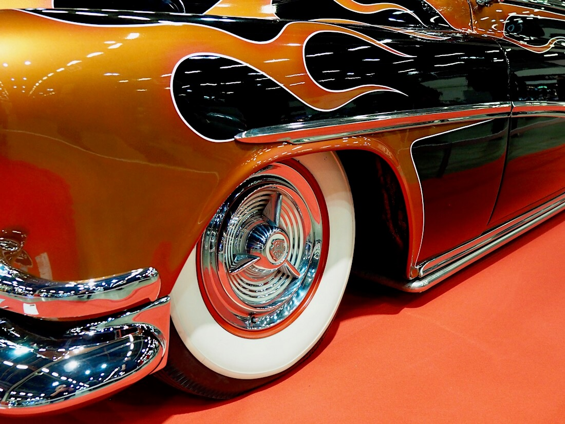 1953 Buick Special liekkimaalaus. Kuva: Kai Lappalainen. Lisenssi: CC-BY-40.