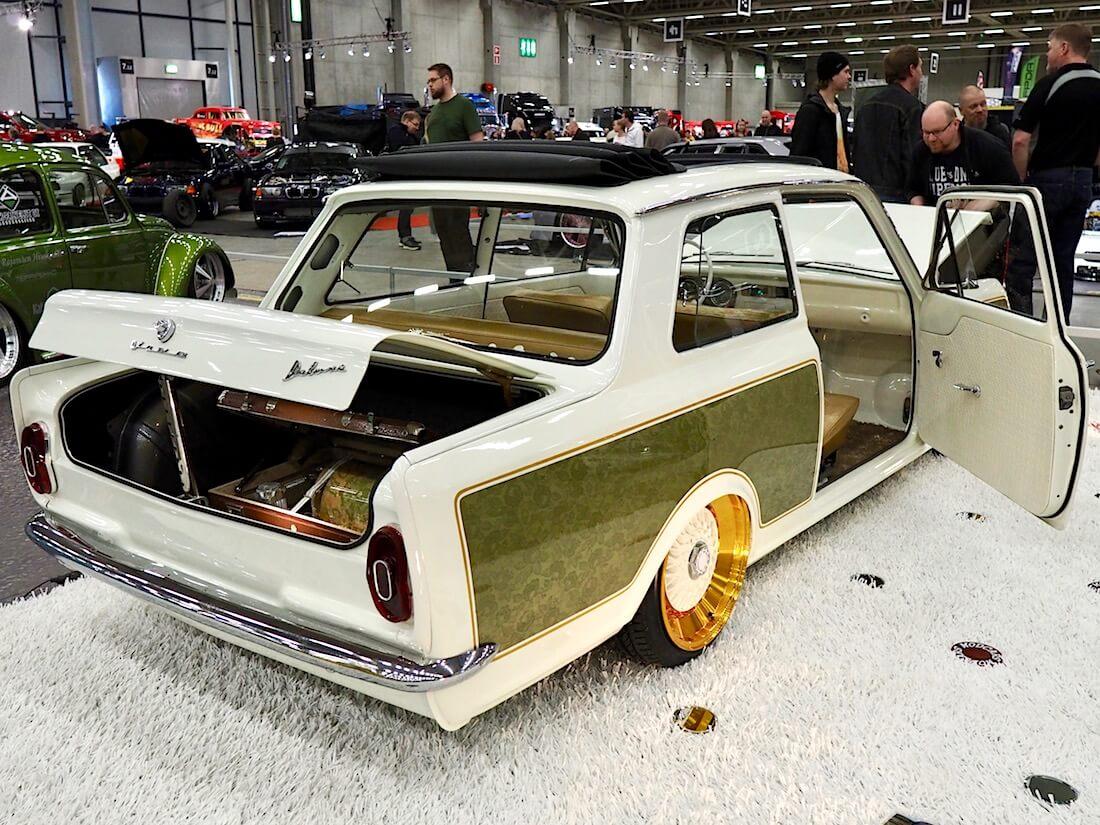 1965 Vauxhall Viva rättikatto custom pullistetut takakyljet. Kuva: Kai Lappalainen. Lisenssi: CC-BY-40.