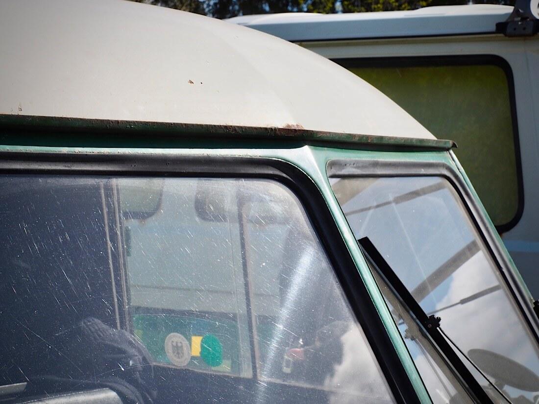 1953 VW Type2 Barndoor katto. Kuva: Kai Lappalainen. Lisenssi: CC-BY-40.