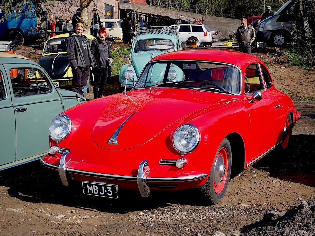 Museorekisteröity punainen 1960 Porsche 358 Coupe T5 B. Kuva: Kai Lappalainen. Lisenssi: CC-BY-40.