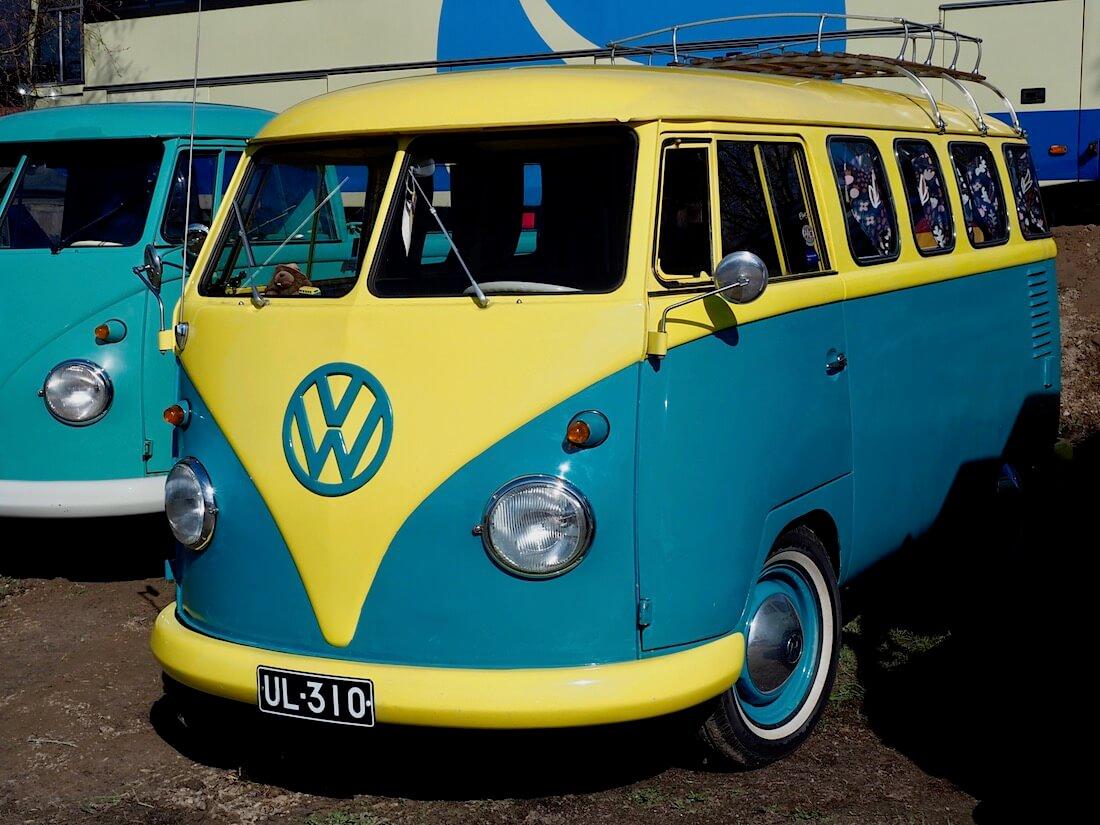 """1962 Volkswagen Split screen bus """"Wiima"""" Kuva: Kai Lappalainen. Lisenssi: CC-BY-40."""