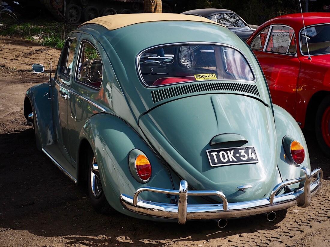 1964 Volkswagen kupla paksutolppa. Kuva: Kai Lappalainen. Lisenssi: CC-BY-40.