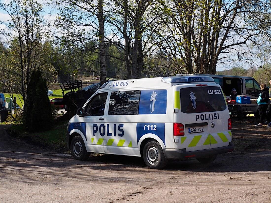 2018 Volkswagen Transporter T6 poliisiauto. Kuva: Kai Lappalainen. Lisenssi: CC-BY-40.