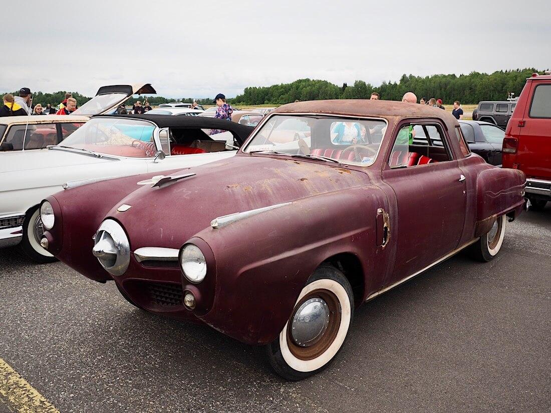 Patinoitunut Studebaker Commander Starlight Coupe. Kuva: Kai Lappalainen. Lisenssi: CC-BY-40.