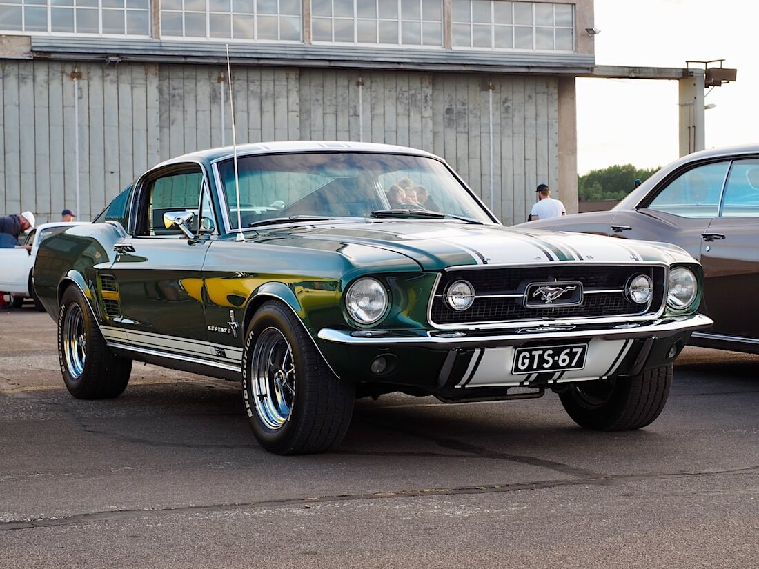 1967 Ford Mustang GT-S 390cid isolohko