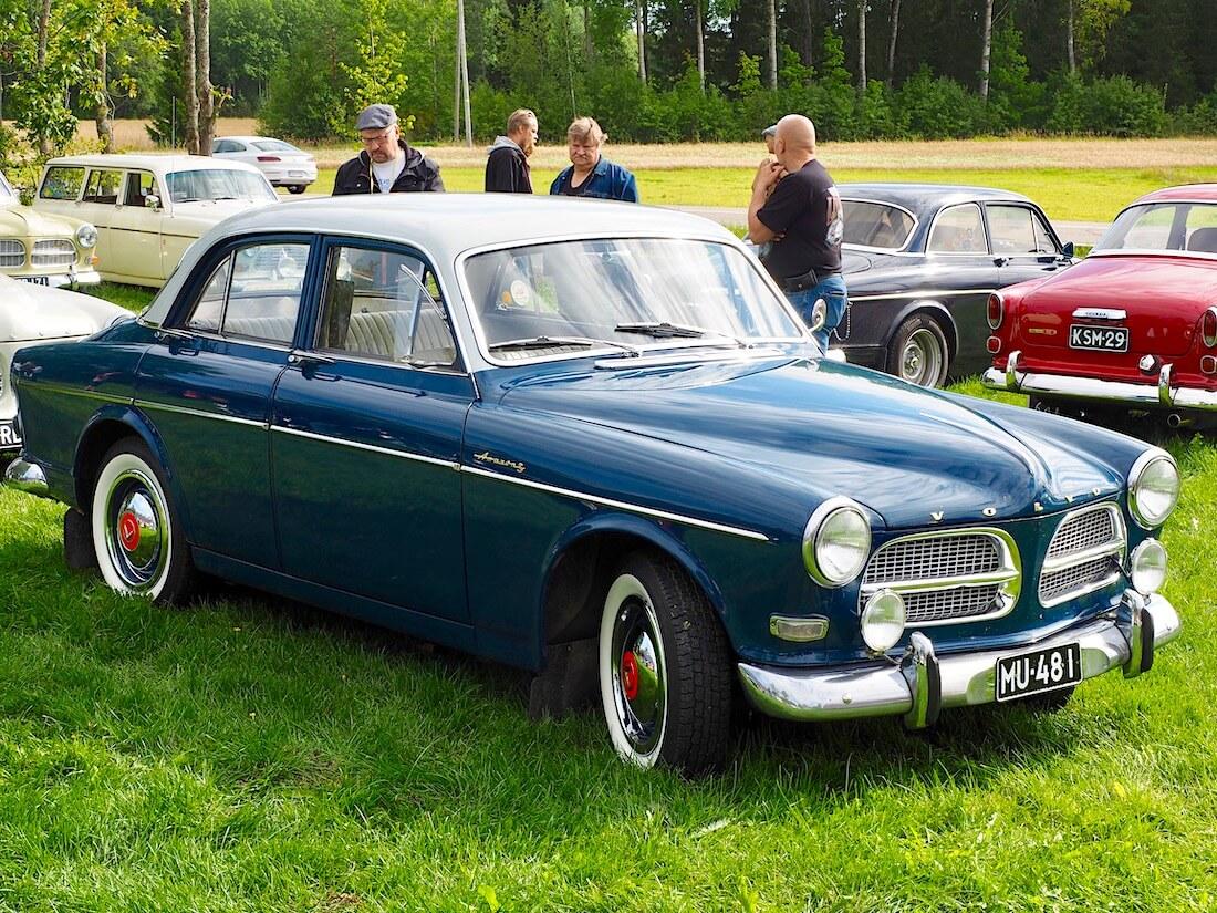 Kaksivärinen 1960 Volvo AMazon Sport B16B