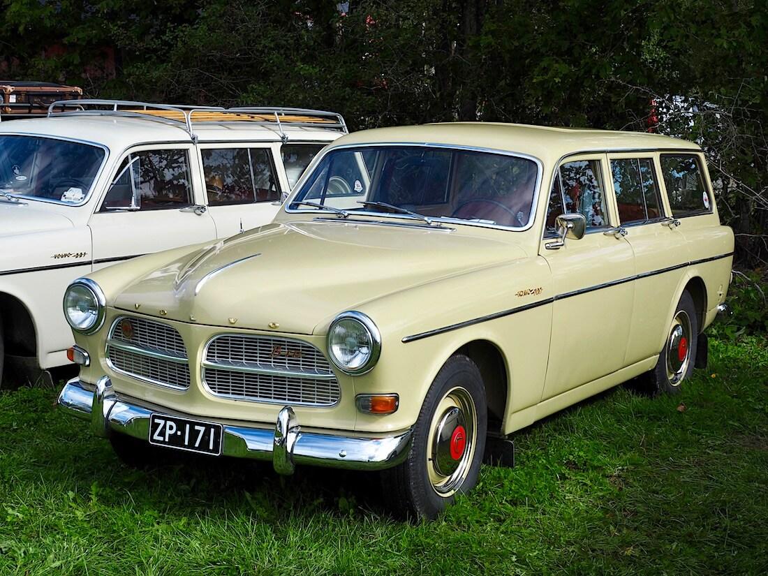 Gyllengul keltainen 1964 Volvo Amazon farmari