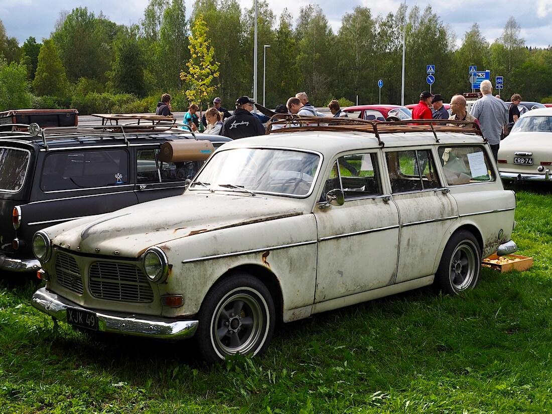 Patinoitunut 1967 Volvo Amazon farmari