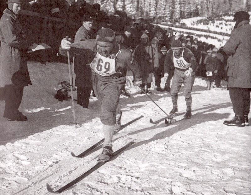 Veikko Hakulinen hiihtää Lahden MM-kilpailuissa