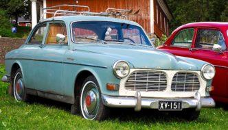 Hiihtäjälegenda Veikko Hakulisen 1962 Volvo Amazon
