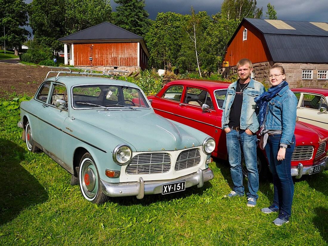 Hiihtäjälegenda Veikko Hakulisen 1962 Volvo Amazonin omistajat