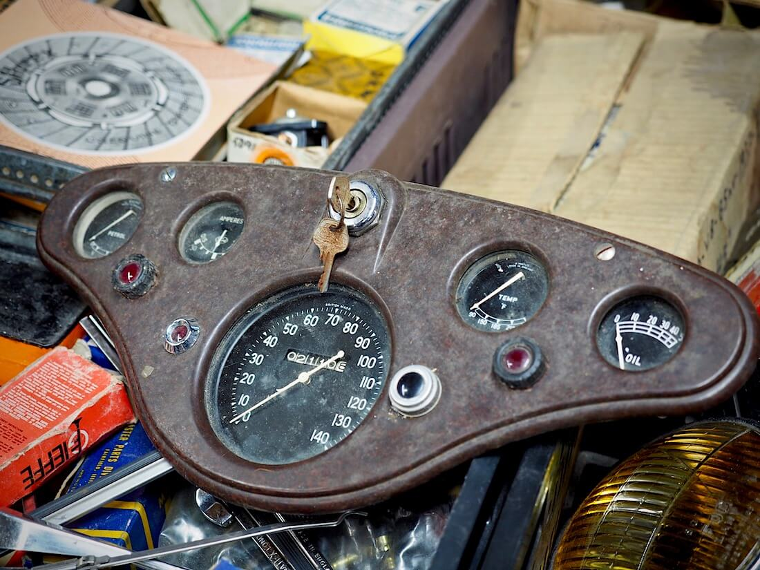 1949-1953 Ford prefect E493A kojelauta