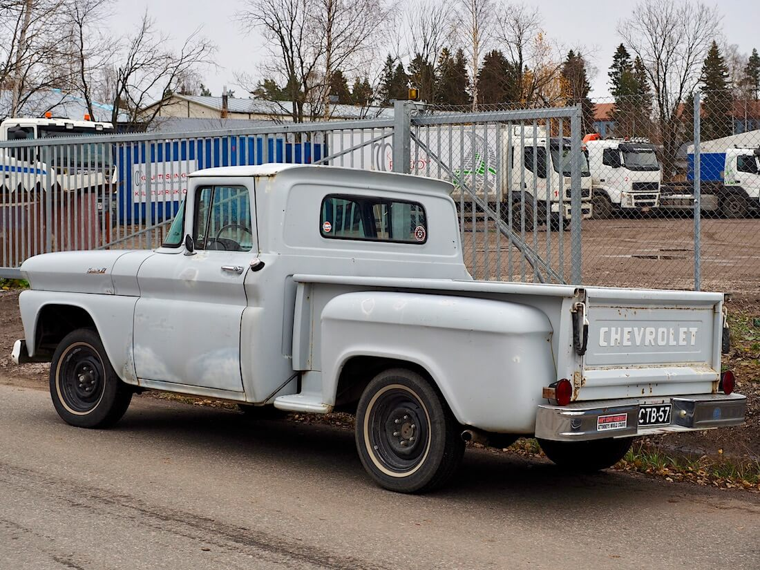 1961 Chevrolet Apache Stepside Pickup