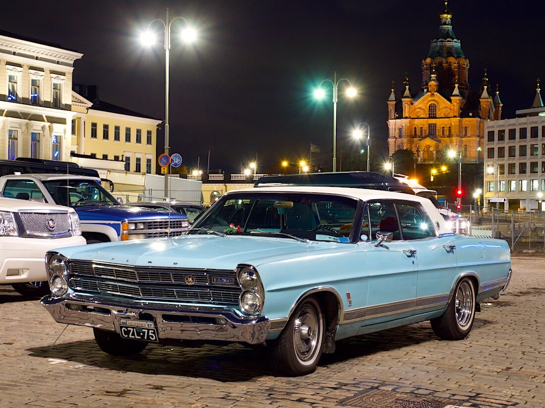 1967 Ford LTD V8 Helsingissä