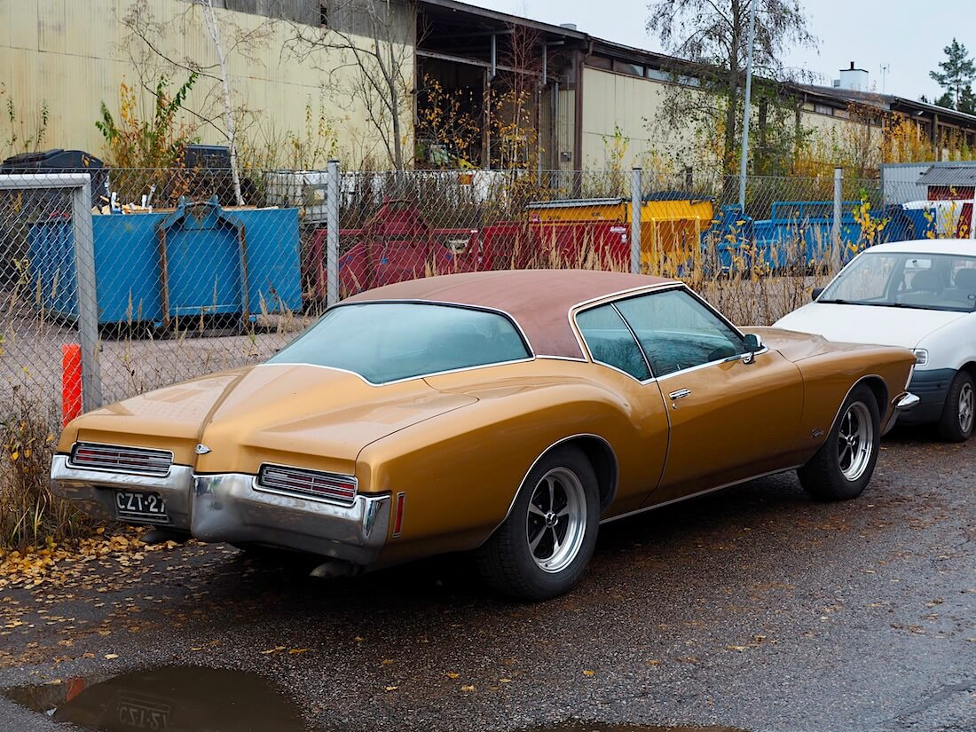 1971 Buick Riviera Boat tail -perä