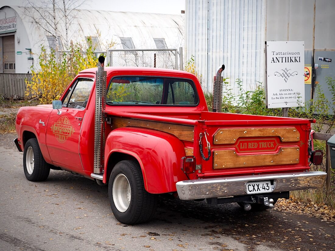 1979 Dodge D150 Lil Red Truck Pickup