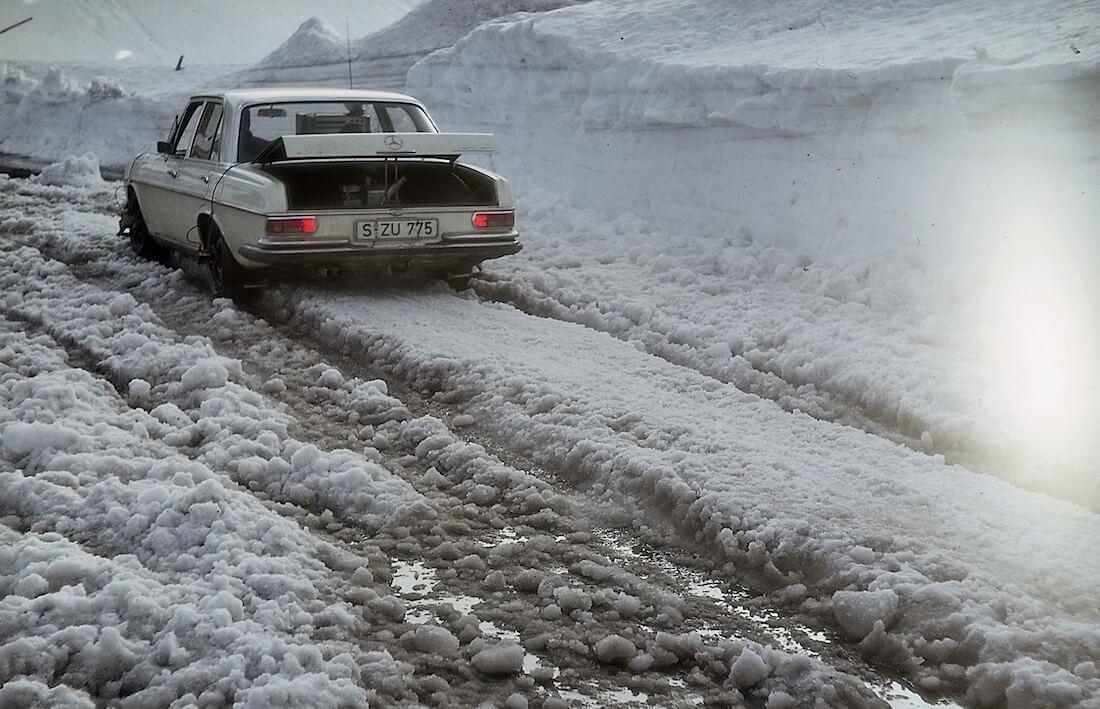 Mercedes-Benz W108 testiauto ABS-jarrujen kehitystyössä