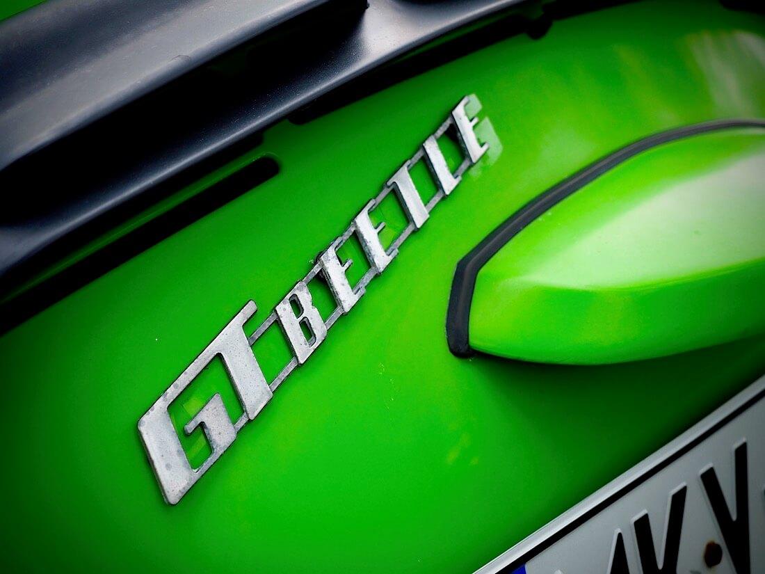 GT Beetle merkki 1303S kuplan moottoriluukussa