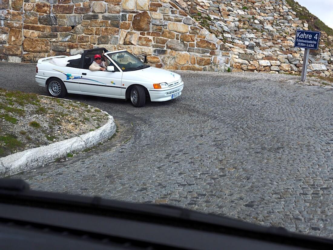 Ford Escort avoauto Grossglockner vuorella
