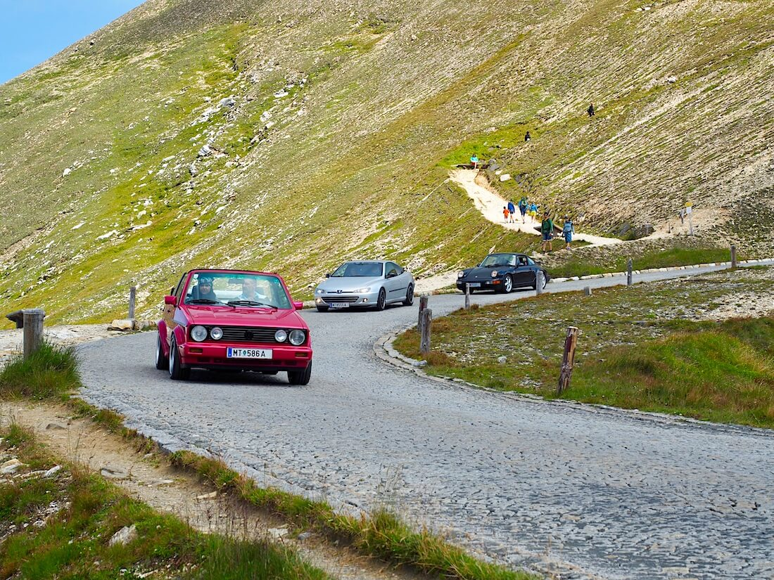 Youngtimer autoja Grossglockner alppitiellä
