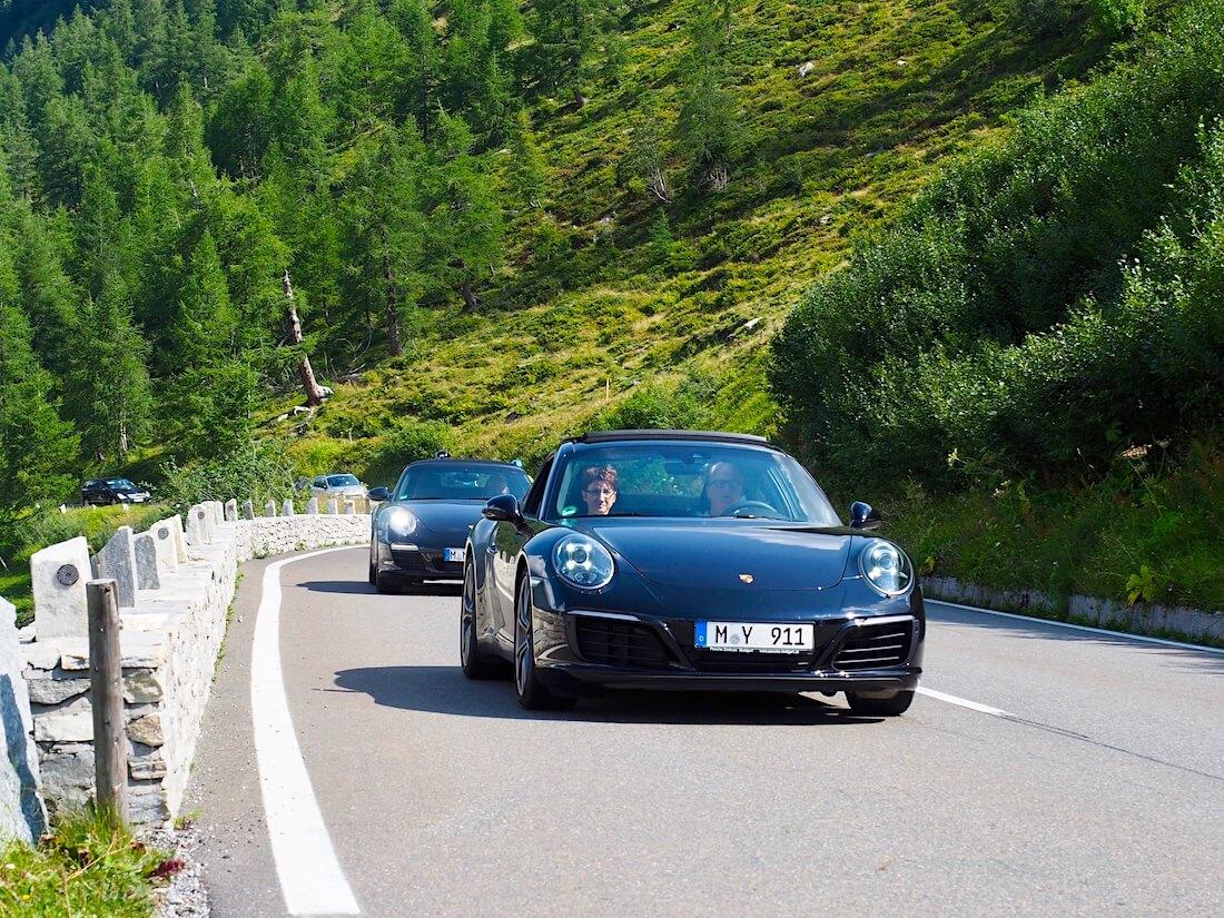 Porsche 911 autoja Grossglockner vuorella