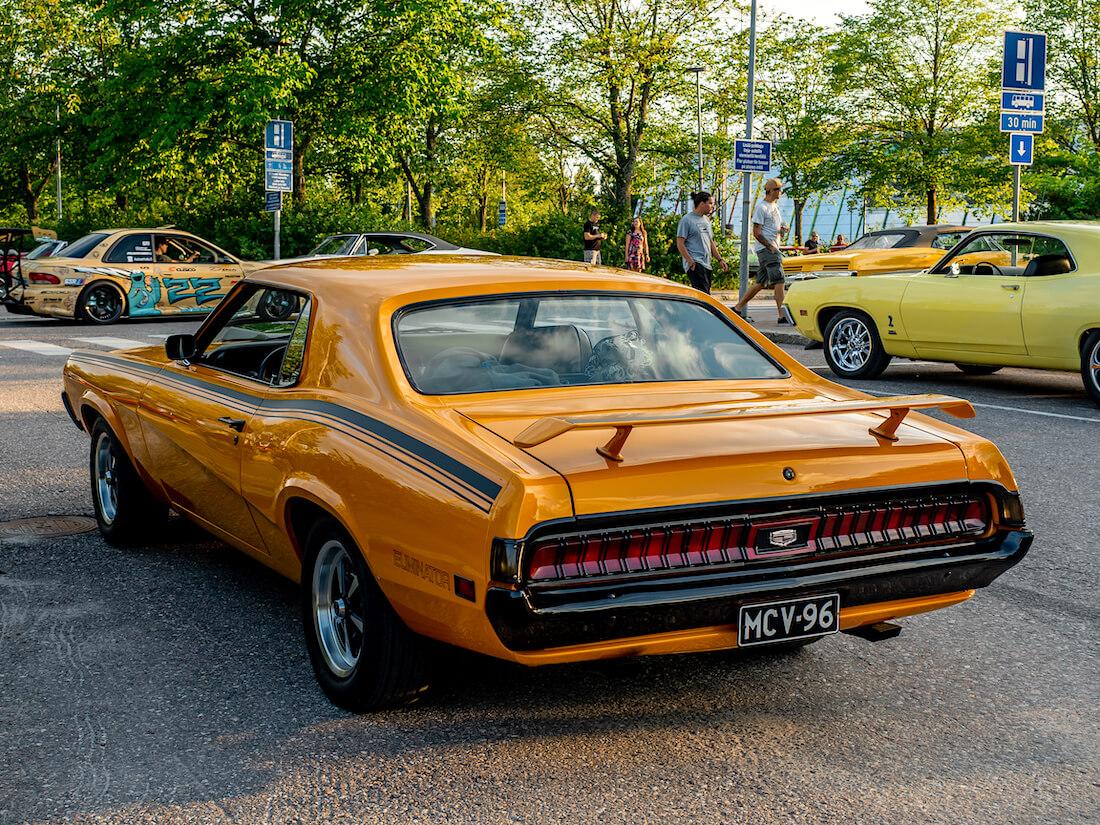 Oranssi 1970 Mercury Cougar