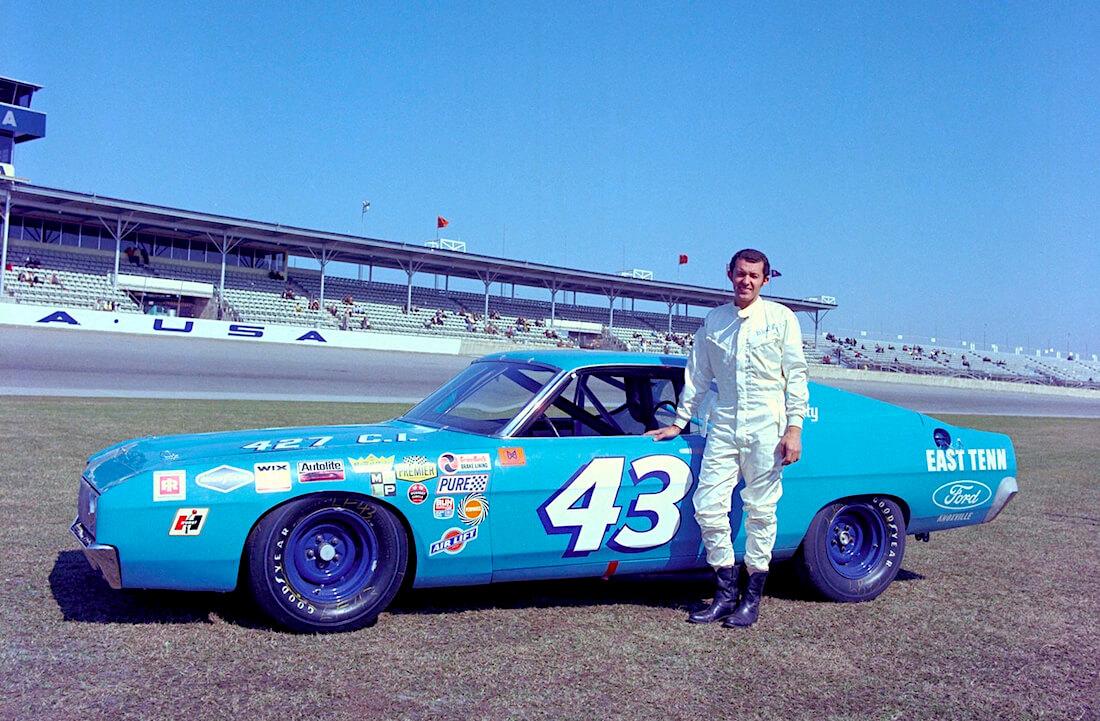 1969 Ford Torino Talladega Richard Petty