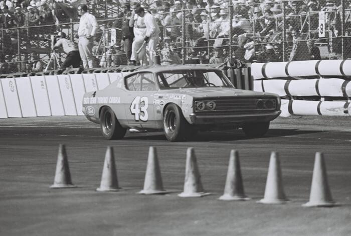 Richard Petty Riversiden radalla 1969