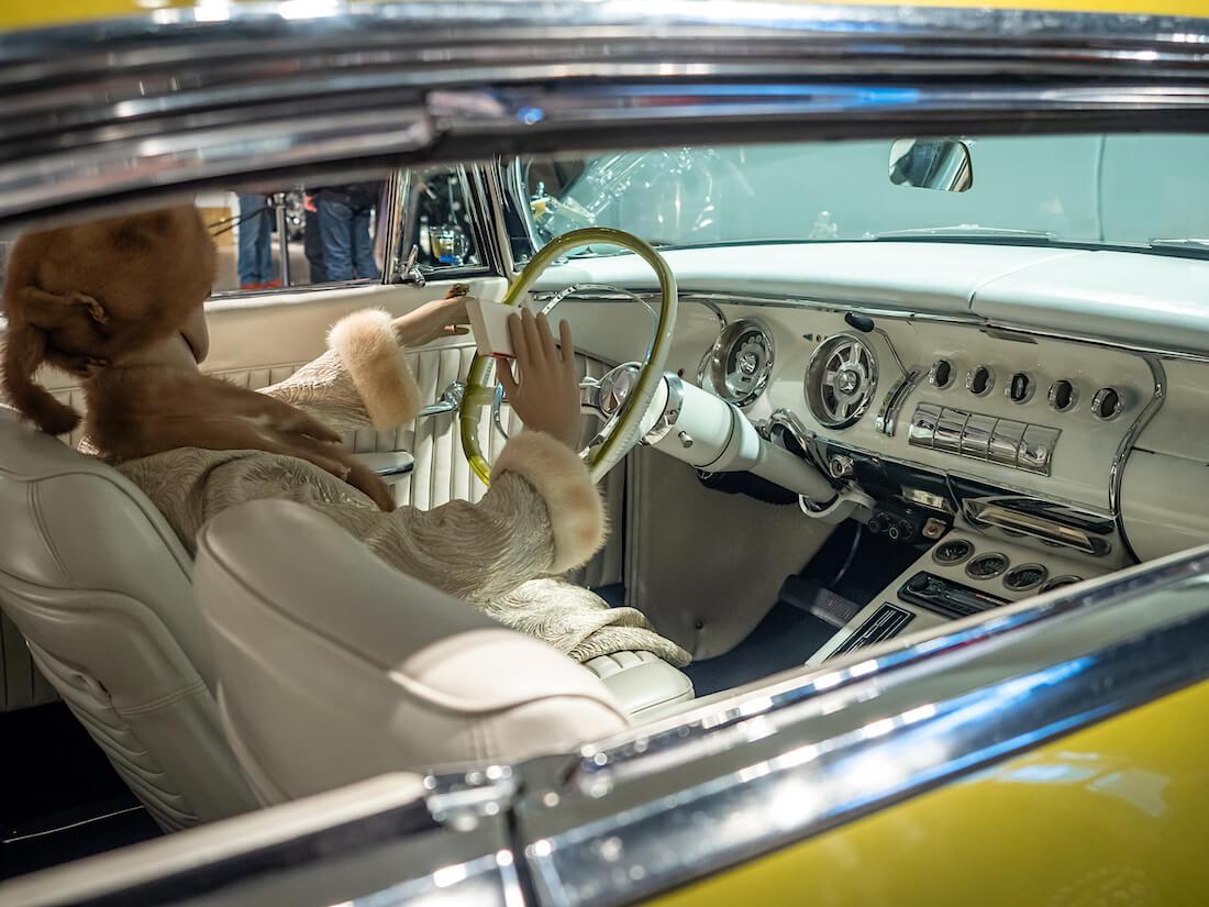 1955 Chrysler Windsorin valkoinen sisusta