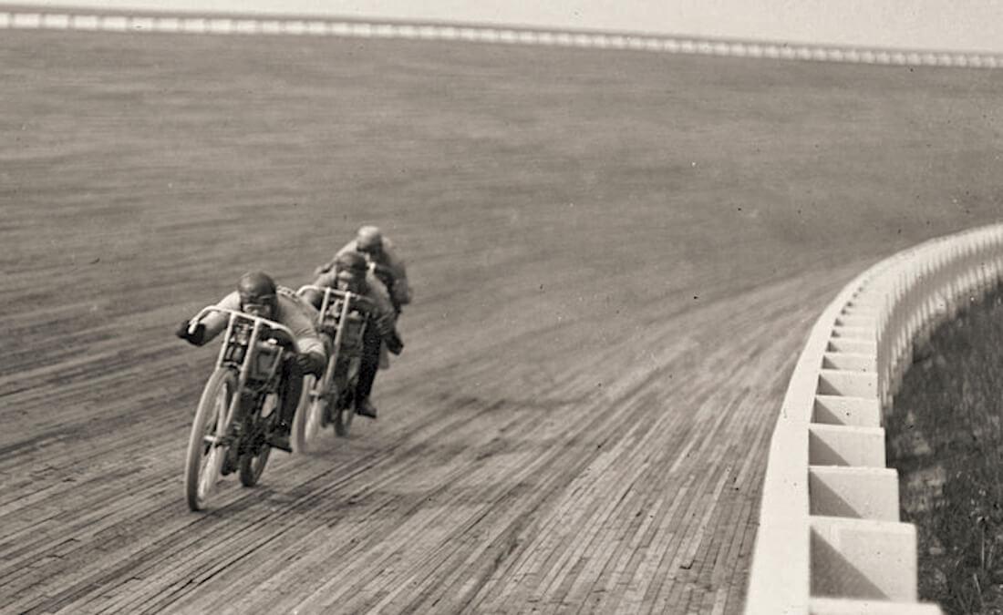 Moottoripyöräkilpailu 1920