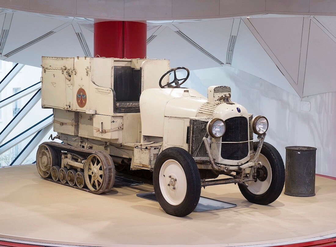 1922 Citroën Golden Scarabee replica.