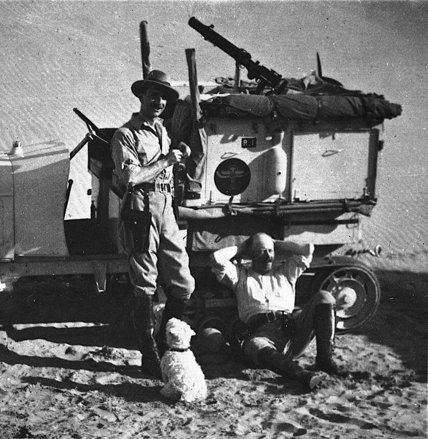 Georges-Marie Haardt ja Louis Audoin-Dubreuilt Saharassa.