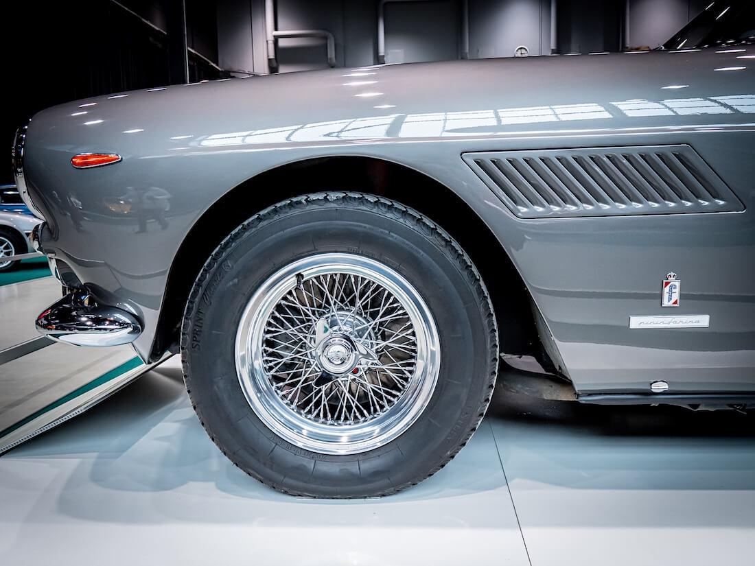 1963 Ferrari 250 GTE pinnavanne