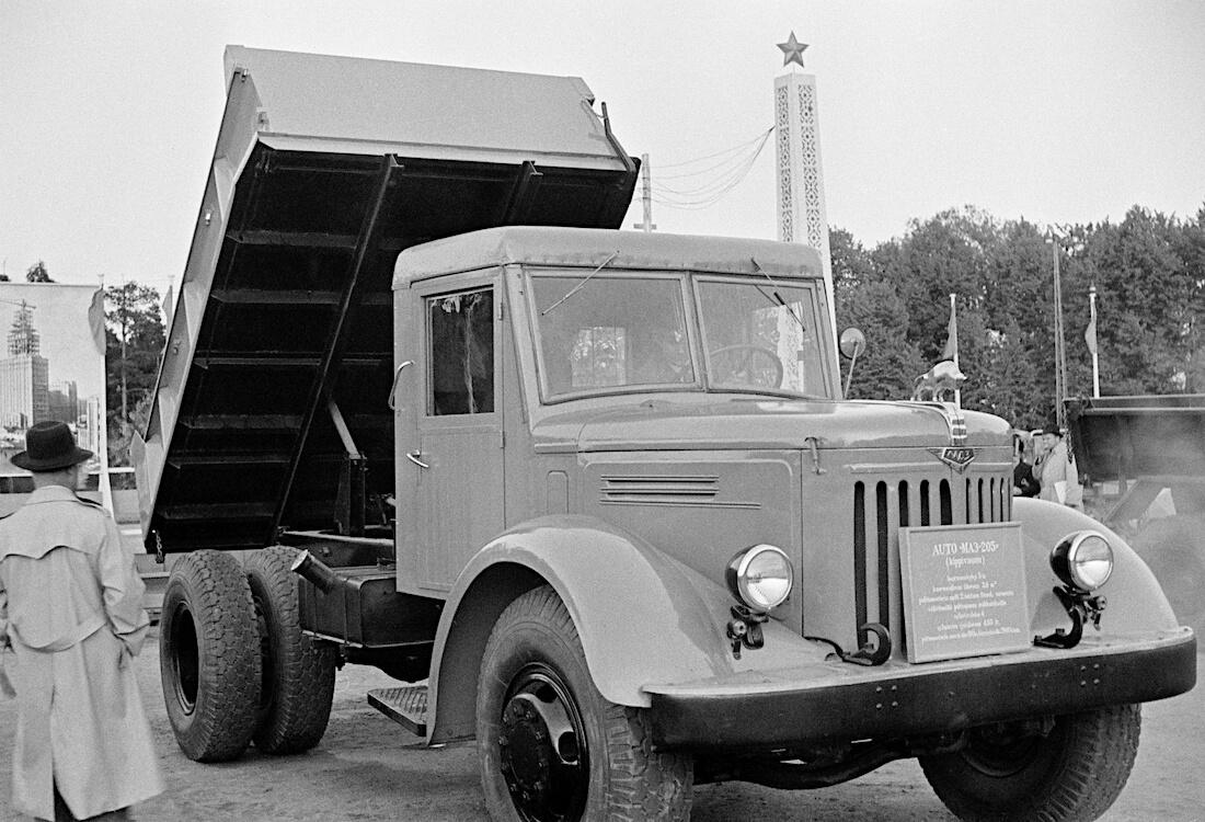 1947 MAZ-205 jäteauto