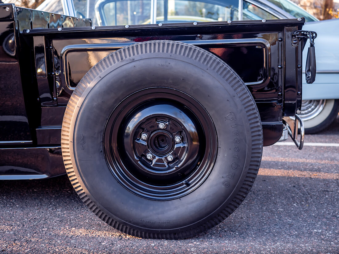 1928 Ford rodin suuri takarengas