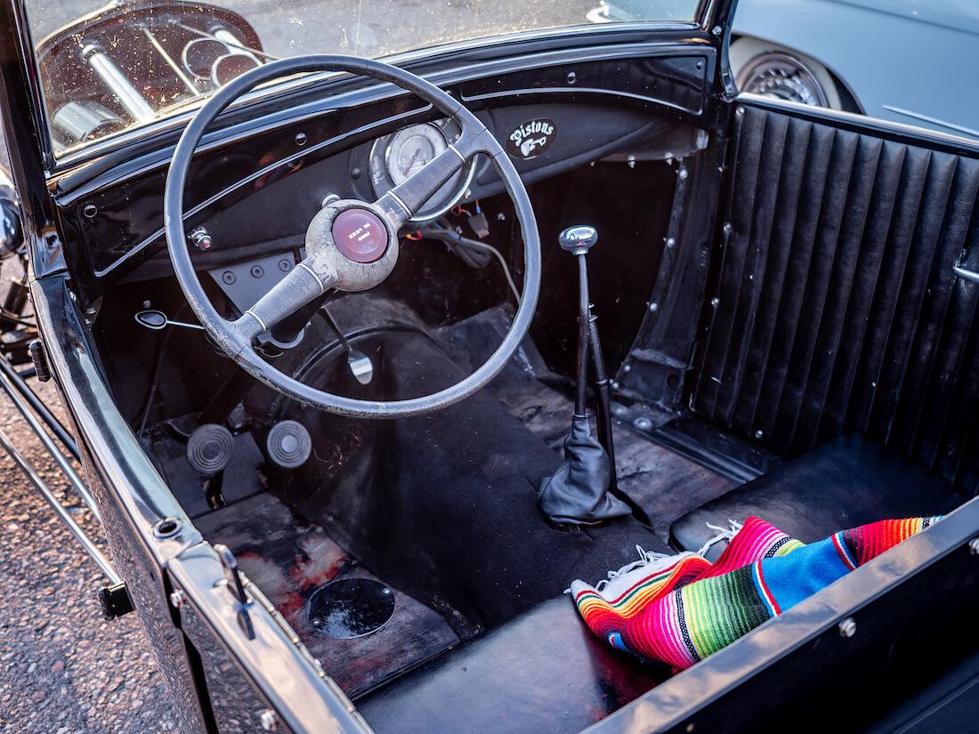 1928 Ford rodin ohjaamo