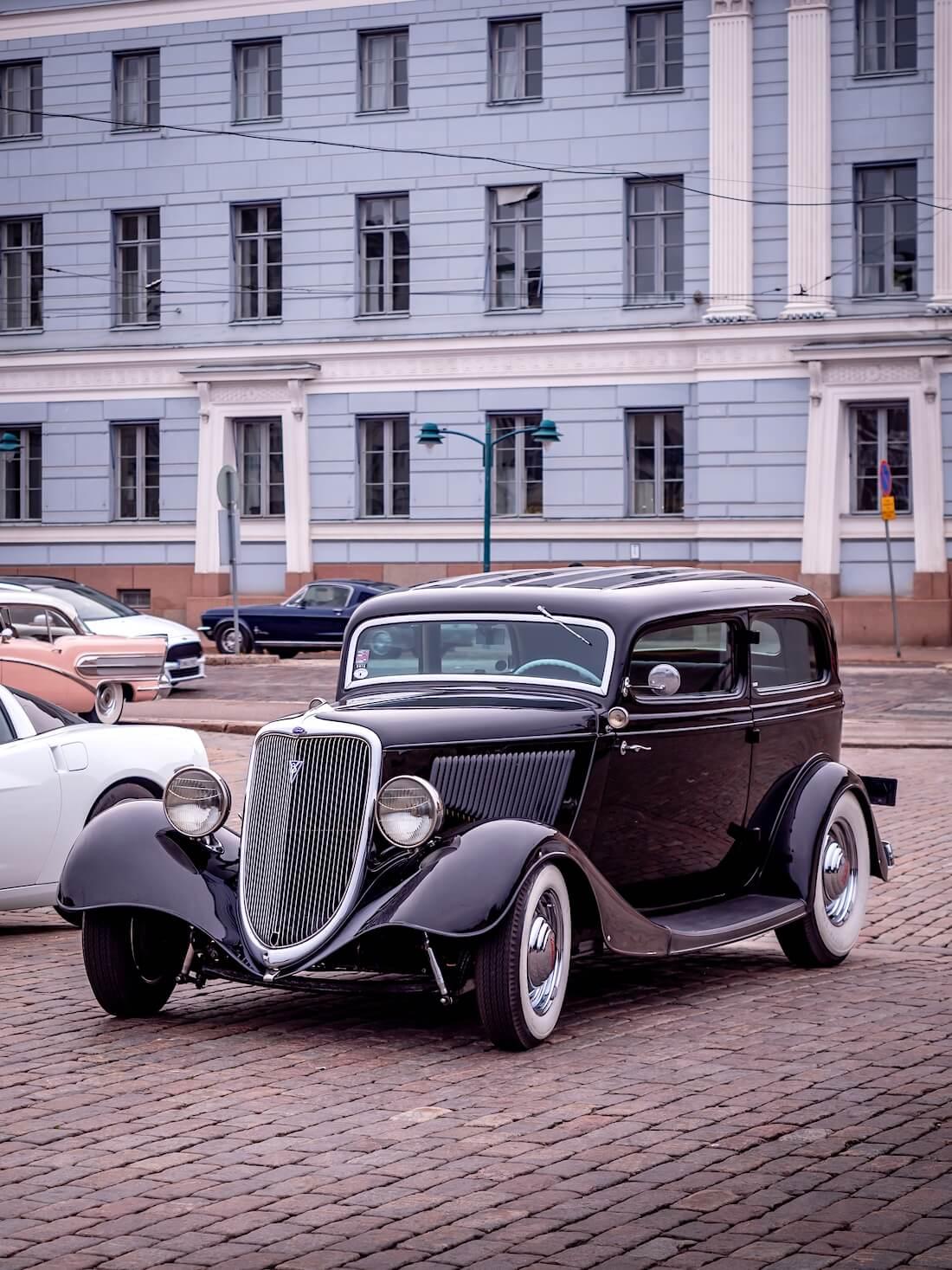1934 Ford Sedan V8