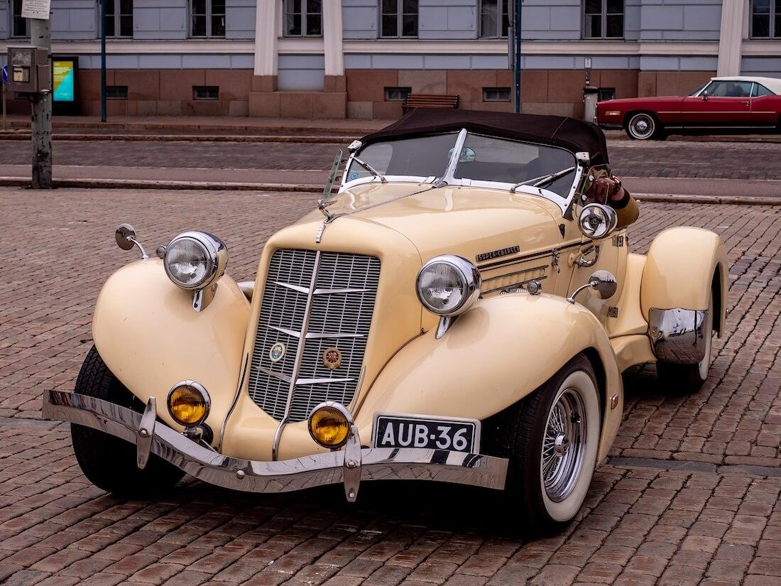 1936 Auburn Speedster Replica