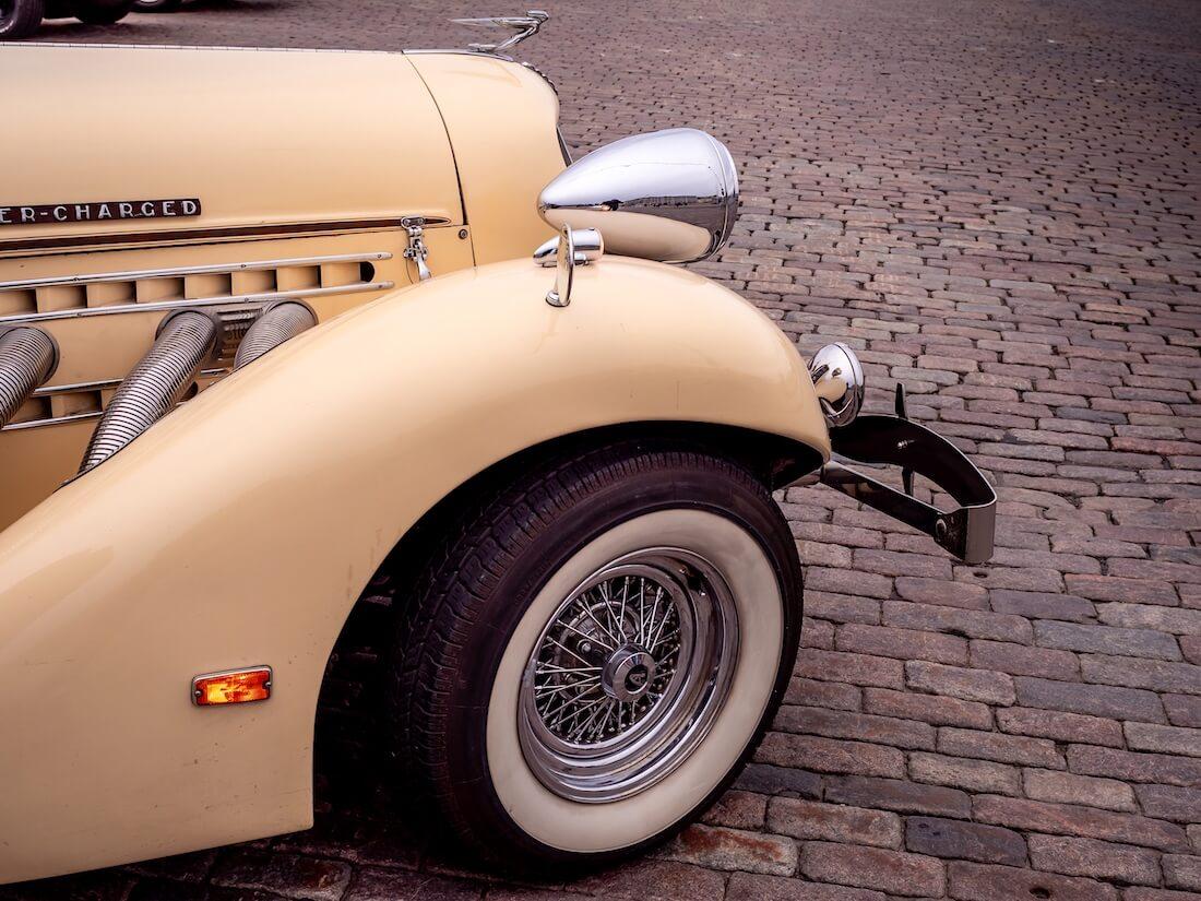 1936 Auburn Speesterin moottorikate