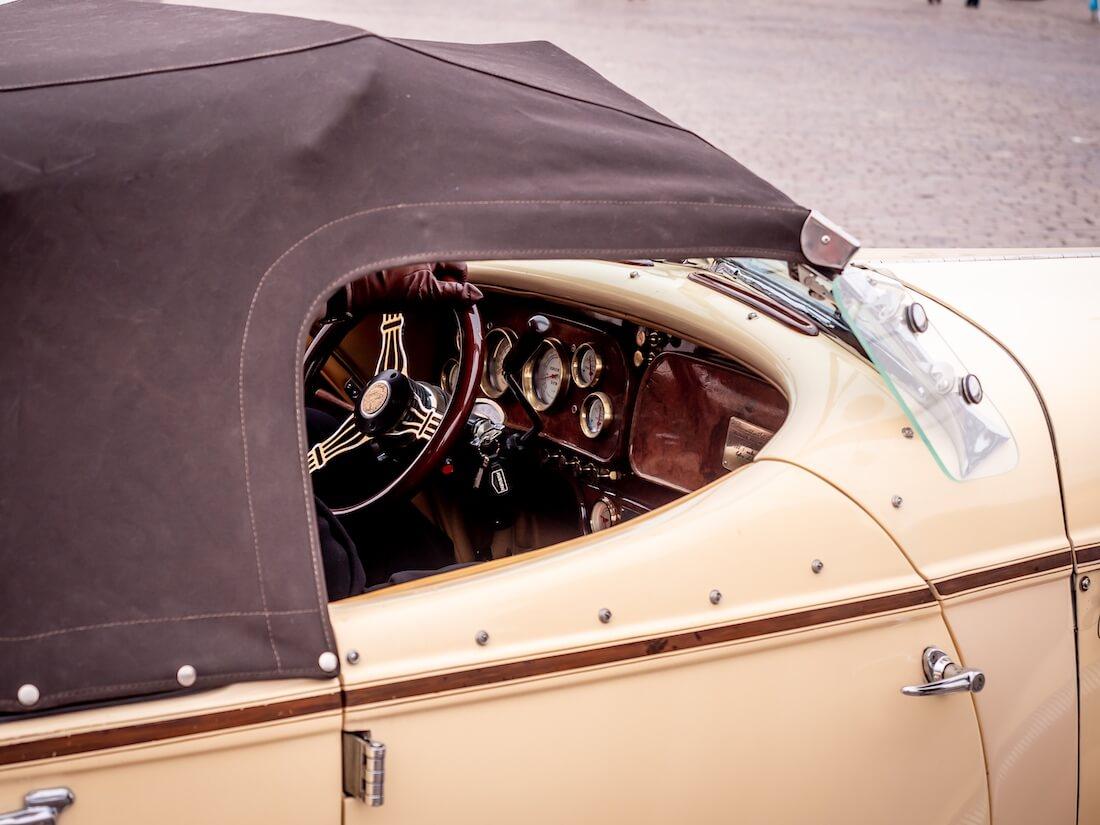 1936 Auburn Speedsterin