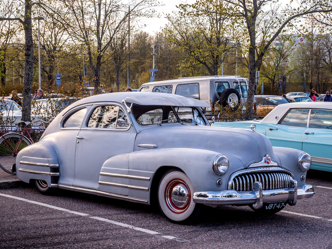 1947 Buick Special 2d Sedanette