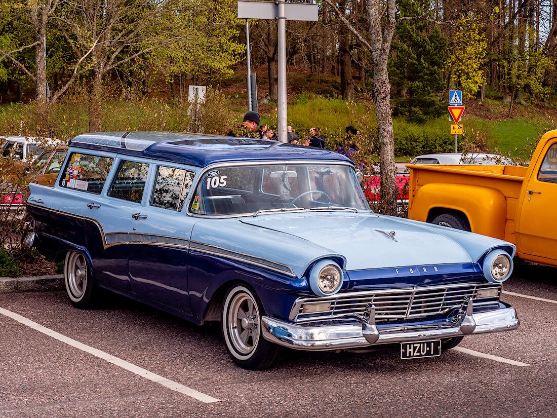 1957 Ford Country Sedan Custom