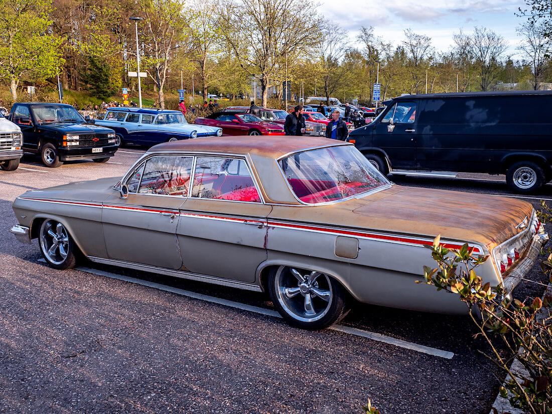1962 Chevrolet Impala 409 takaa