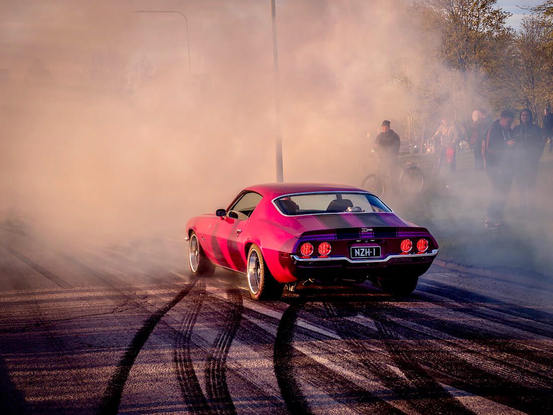 1971 Chevrolet Camaro burnout
