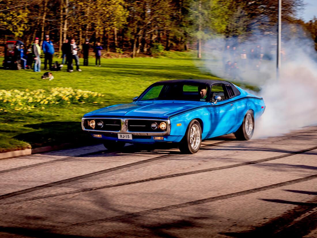1973 Dodge Charger 440 burnout
