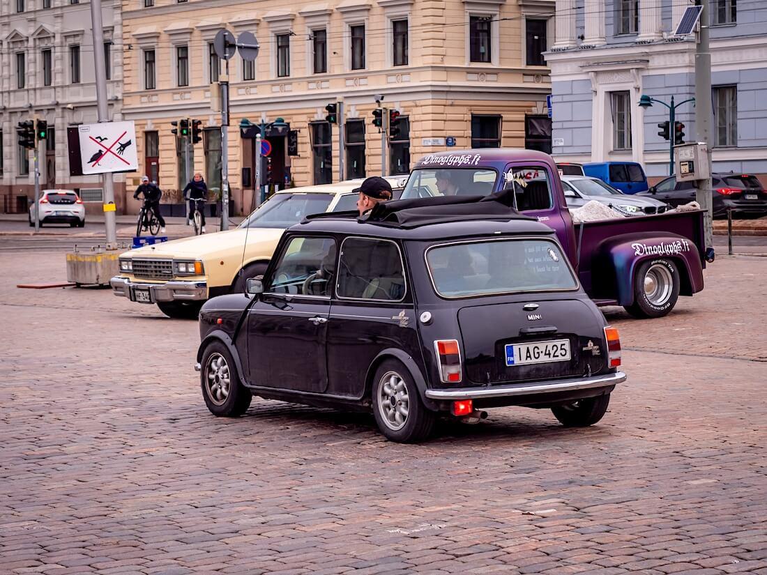 Kangaskattoinen 1993 Mini 1300