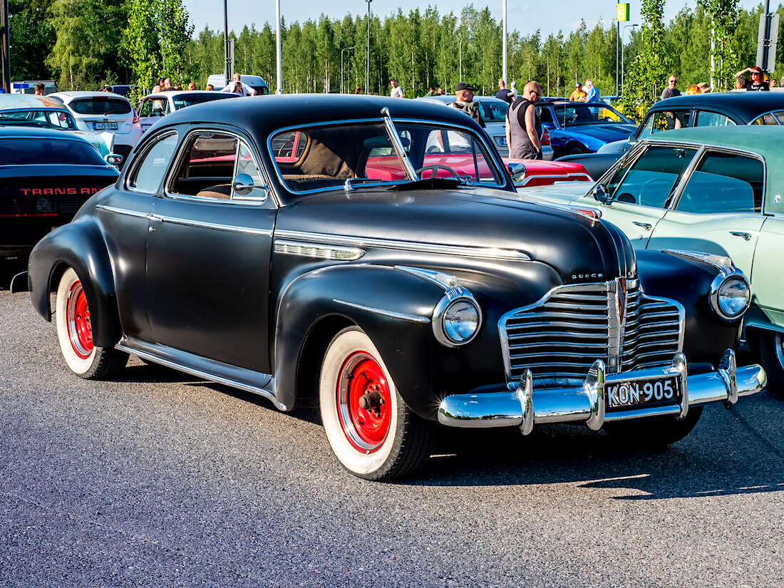 1941 Buick Super Eight Custom coupe