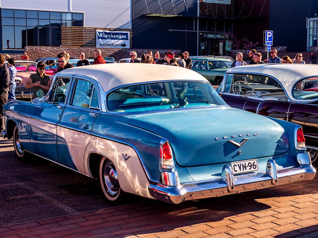 1955 DeSoto Fireflite V8 Porvoossa